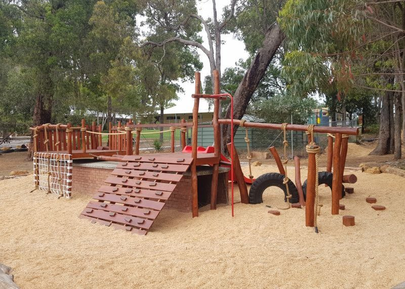 Chidlow Primary School Nature Playgrounds 8