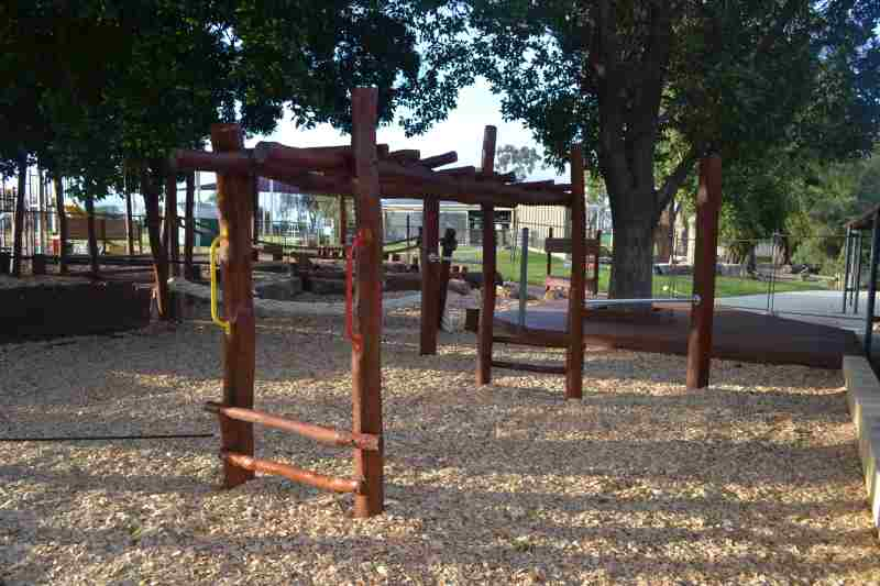 Dianella PS Nature Playgrounds#1
